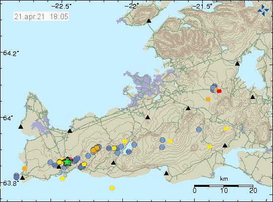Jarðskjálftavirkni noður af Grindavík og er stærsti jarðskjálftinn merktur með grænni stjörnu á kortinu af Reykjanesskaga